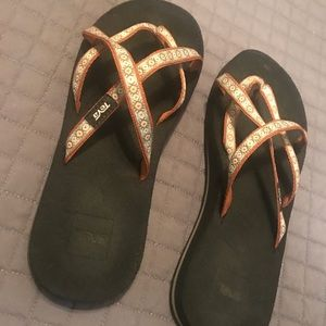 Rarely worn Teva sandals size 8